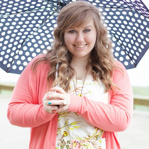 Rainy Day Sr. Session: Puyallup Senior Portrait Photographer