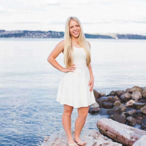 WA Senior pictures: Tacoma Senior Photographer: Bonney Lake Senior Photographs